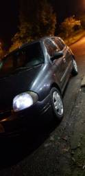 Clio 2001 1.0 8v - 2001