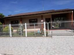 Ótima casa Veraneio no Centro de Torres, 3 Quartos