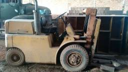 Empilhadeira Hyster 2,5T