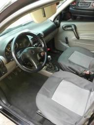 Gm - Chevrolet Corsa Classic - 2010