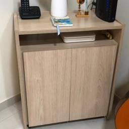 Pequena estante