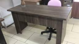 Mesa escritório 1,20 x 0,60 c/ gavetas