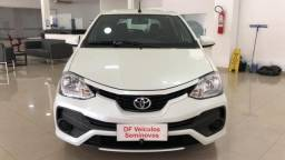TOYOTA ETIOS HB XS 15 AT