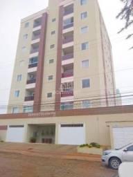 Apartamento no bairro Santa Rita com área externa em excelente localização.