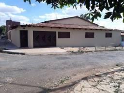 Casa com 3 dormitórios à venda, 240 m² - Parque Atheneu - Goiania/GO