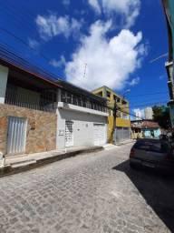 Alugo ou vendo excelente casa no Alto Santa Izabel em Casa Amarela Recife