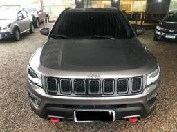 Jeep Compass Trailhawk diesel 2017 super inteira único dono