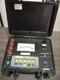 Megôhmetro analógico de 5 kV - M I-5500e - Megabras