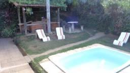 Casa em Bonsucesso, excelente local, a 5 min. de Itaipava