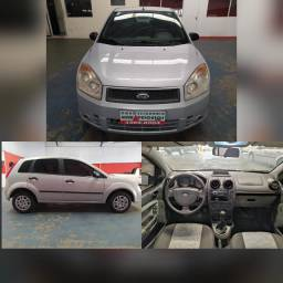 Fiesta 1.0 Impecável Entrada+ 48x R$596