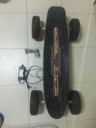 Vendo Skate Elétrico Dropboard 800W.