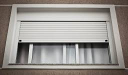 Janelas ,portas,guarda corpo,fachadas esquadrias aluminio fabricamos *