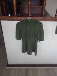 Título do anúncio: 3 blusas das grifes Ecletic e Sacada (tamanho P)