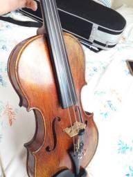 Violino modelo Antonius Stradivarius