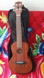 Título do anúncio: Vendo ukulele tagima