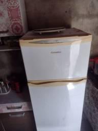 Título do anúncio: Vendo geladeira smaltec duplex