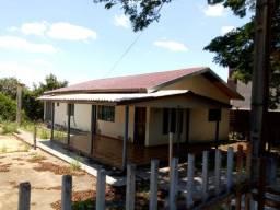 VENDA | Casa, com 3 quartos em Centro, Araruna