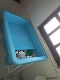 Título do anúncio: Banheira plástica c/suporte para pet