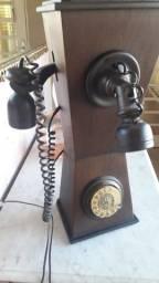 Título do anúncio: Réplica de telefone antigo funcionando