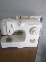 Título do anúncio: Maquinas de costura revisadas com garantia