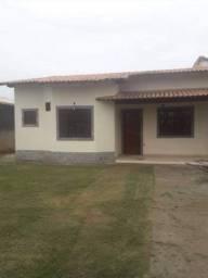 2 quartos com terreno inteiro, coladinha na Escola Técnica de Itaipuaçú