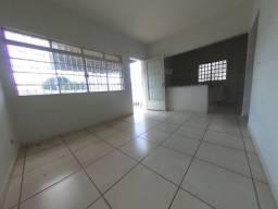 Casa para alugar com 3 dormitórios em Jardim petrópolis, Cuiabá cod:44675