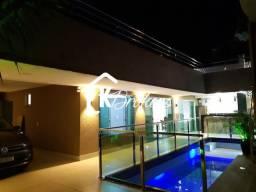 Casa Sobrado a venda no Setor Cidade Jardim em Goiânia.