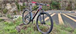 Título do anúncio: Bicicleta Oggi Agile Pro XT Carbono IMPECÁVEL com Upgrades