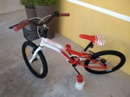 Bicicleta aro 20 em estado de nova