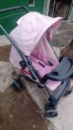 Título do anúncio: Vendo carrinho de bebê menina em ótimo estado