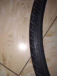 Par pneus 26 1.15 c câmeras e fita anti furo 100,00