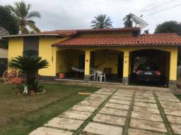 Título do anúncio: Casa com 04 quartos , sendo 02 suítes - Werneck  Paraíba do sul.