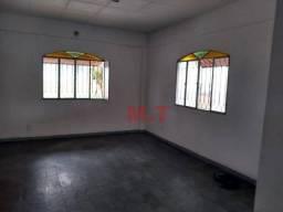 Casa com 3 dormitórios para alugar, 70 m² por R$ 1.100/mês - Campo Grande - Rio de Janeiro