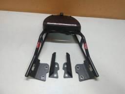 Suporte tubular Givi, com base Givi Monolock Para Honda Twister 2018