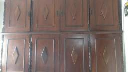 Roupeiro antigo - madeira