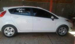 Vendo carro super conservado - 2015