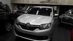 Renault Sandero 1.6 Flex completo - 2017