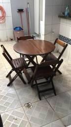 Mesa c/ 4 cadeiras (mesa linda)