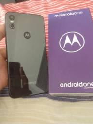 Vendo Motorola one 64gb mais 4ram
