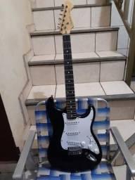 Vendo ou troco por algo de meu interece guitarra Cruise by grafter