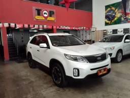 KIA SORENTO 2013/2014 2.4 16V GASOLINA EX 7L 4WD AUTOMÁTICO - 2014