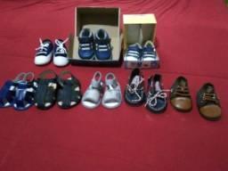 Sapatos de bebê menino.varios tamanhos.
