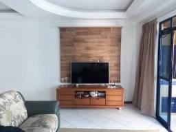Apartamento com 3 Dormitórios em Edifício de Frente para o Mar em Meia Praia Itapema SC