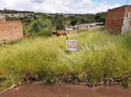 8293 | Terreno à venda em Jardim Casa Grande, Apucarana