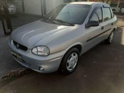 Corsa Classic 1.0 Sedan Life Álcool - 2005 + 4 Pneus novos