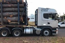 Scania R440 6X4 2015/2015 com carreta para tora com entrada e serviço