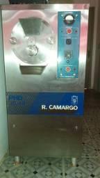 Produtora de sorvetes R.Camargo.( PH 30/40)
