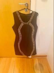 Vestido coquetel preto com pedrarias Armazém