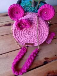 Peças de crochê feita a mão