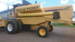 Colheitadeira TC 57 New Holland